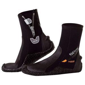 4ba700093f1 ... et par helt igennem fantastiske dykkerstøvler, så er dette produktet  fra dig. Dykkerstøvlerne er fra mærket SEAC og er lavet i 5mm neopren  materiale.
