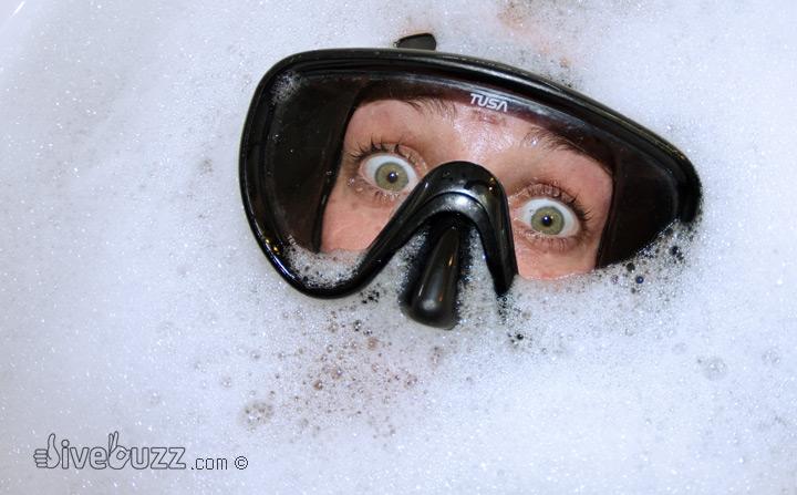 briller med dykkermaske