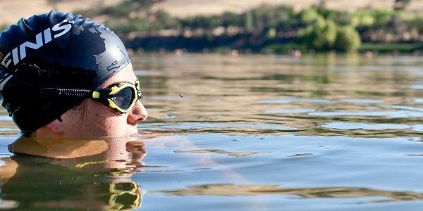 svømmebriller i vand